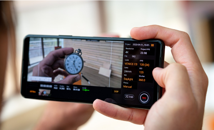 Sony Xperia 5 II يعد من أفضل 5 هواتف في عام 2020
